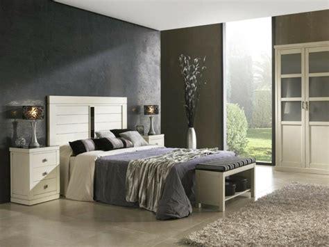 chambre blanc beige chambre blanc et aubergine design de maison