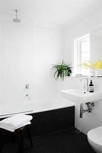 Badezimmer Grauer Boden Weiße Wand : mit zimmerpflanzen das zuhause dekorieren 60 beispiele wie sie das verwirklichen ~ Bigdaddyawards.com Haus und Dekorationen