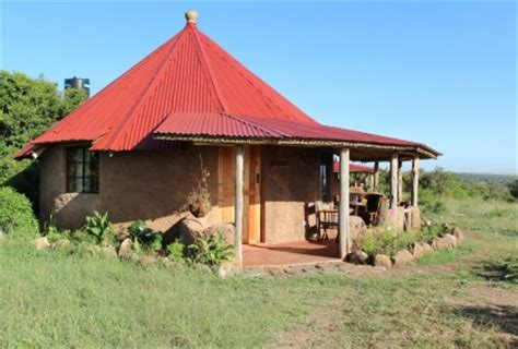 Cottages Kenya by Roundhouses Between Aderdares And Mt Kenya Book