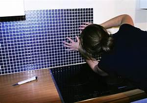 carrelage a clipser pour terrasse With carrelage adhesif salle de bain avec tele au led