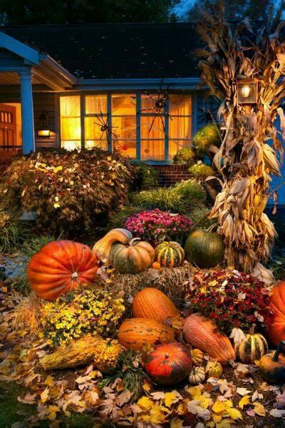 house decorated  fall pictures   images