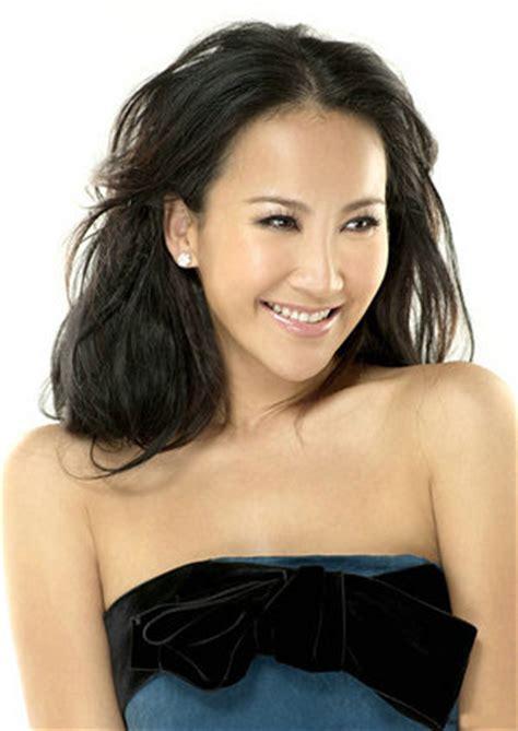 Top 10 Popular Chinese Female Singers China Whisper