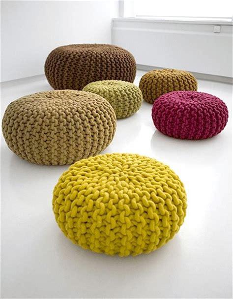 comment faire un pouf en tricot objet d 233 co le pouf en tricot frenchy fancy