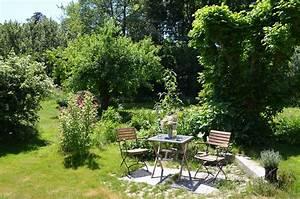 Gartengestaltung Unter Bäumen : der landgarten ferienwohnungen oderbruch am gutshaus haselberg ~ Yasmunasinghe.com Haus und Dekorationen