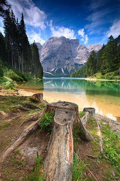 No1 Amazing Things Lake Braies Dolomiti Italy
