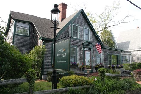snug cottage provincetown tips on finding a inn or hotel in provincetown