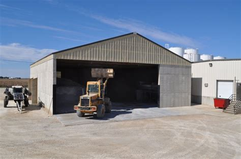 agricultural buildings  great  built