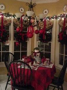 1000 images about Christmas Windows Inside Outside on