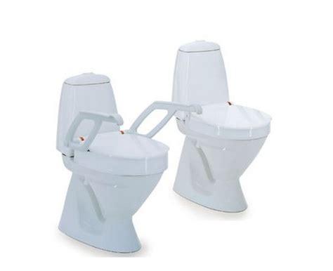 siege de toilette invacare raised toilet seat 4 quot la maison andré viger