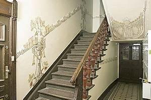 Wandgestaltung Treppenhaus Einfamilienhaus : treppenhaus auf spurensuche hinter ru und farbe berliner mieterverein e v ~ Markanthonyermac.com Haus und Dekorationen
