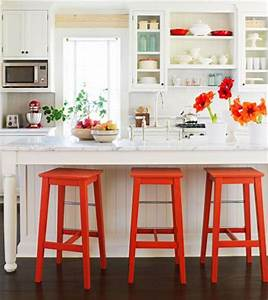 10 country kitchen decorating ideas midwest living for Kitchen colors with white cabinets with film reel wall art