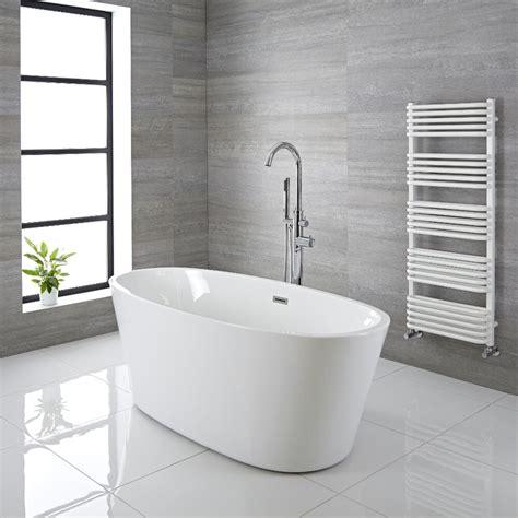 Freistehende Badewanne Mit Füßen by Freistehende Badewanne Oval 1595mm Ashbury