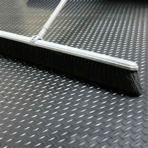 """Rubber flooring is durable, which is a big plus for trailer flooring. """"Diamond Plate"""" Roll Rubber Matting"""