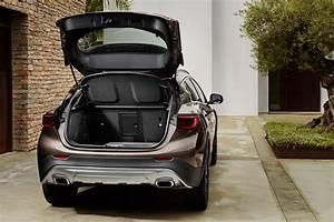 Infiniti Qx30 Executive : infiniti qx30 debuts in la looks like a jacked up hatchback autoevolution ~ Medecine-chirurgie-esthetiques.com Avis de Voitures