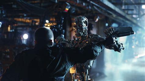 En 2018, après l'apocalypse qui a vu s'affronter les hommes et les robots, john connor est devenu le chef de la résistance humaine contre skynet et son armée de terminators. Terminator Renaissance: pixelcreation.fr magazine du graphisme design illustration video 3D