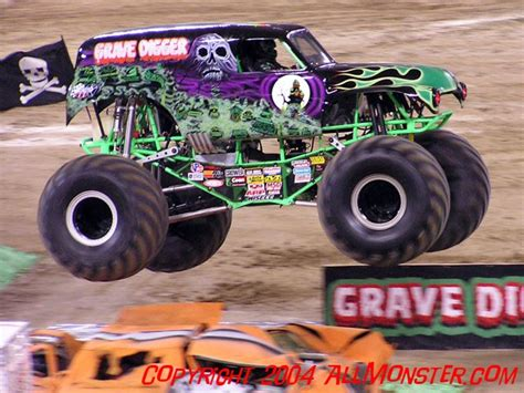 monster truck show in las vegas grave digger 20 to debut at sema allmonster com where