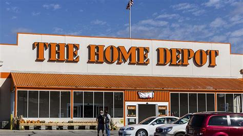 Home Depot Stock Cabinets: Home Depot Mulled Bid For XPO Logistics To Fend Off Amazon
