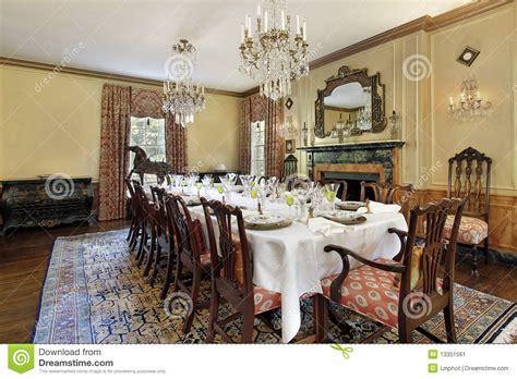 foto sala da pranzo sala da pranzo con il camino immagine stock immagine di
