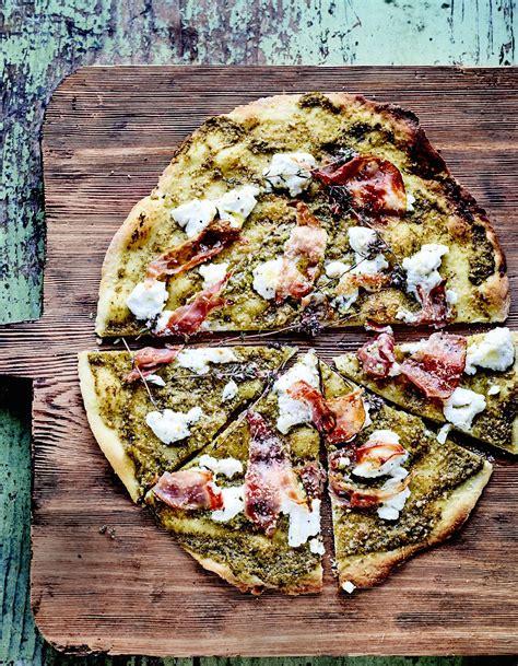 Pizza fondante à la tapenade verte pour 6 personnes ...