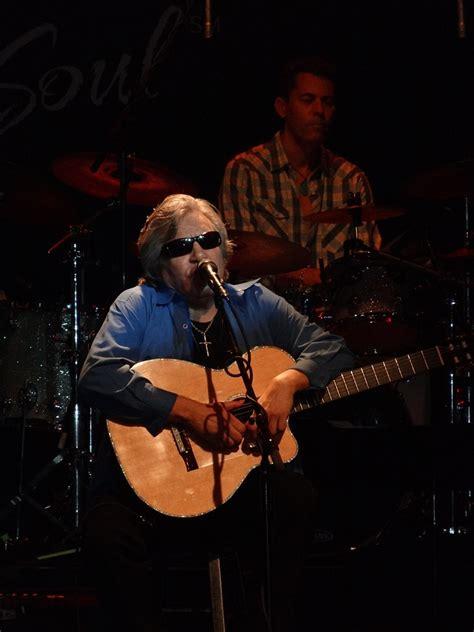 jose feliciano knocking on heaven s door jose feliciano ruled at the canyon club agoura 10 21 2012
