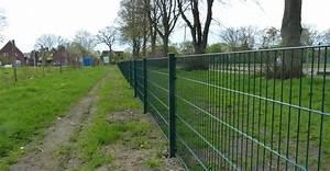 Hausfriedensbruch Grundstück Ohne Zaun : hecken angepflanzt und zaun gesetzt suckf ll bautagebuch ~ Lizthompson.info Haus und Dekorationen