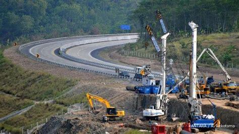proyek tol lintas sumatera tetap dilelang