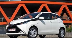 Essai Toyota Aygo : essai toyota aygo 2 2014 ~ Medecine-chirurgie-esthetiques.com Avis de Voitures