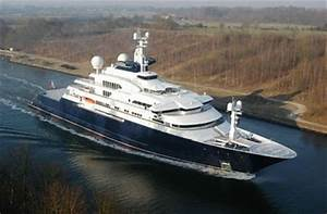 The Worlds Largest Privately Owned Yacht Octopus Damn