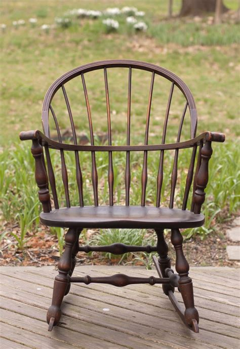 vintage  nichols stone windsor rocking rocker chair