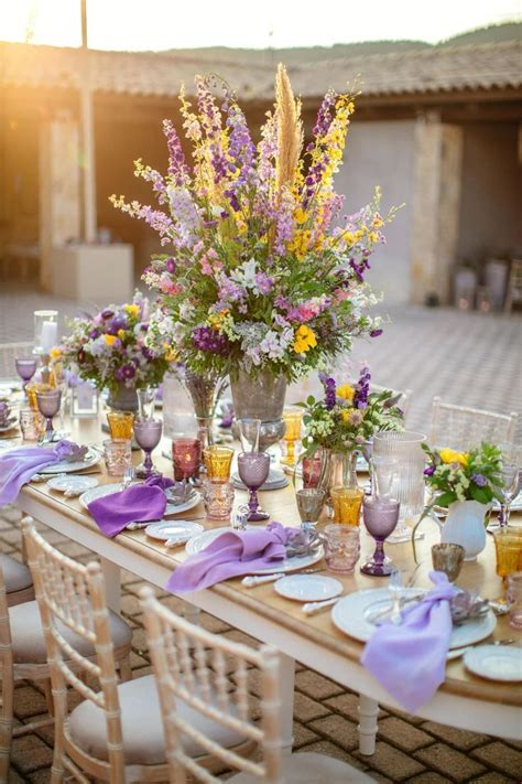 Shades of Purple Wedding Themes That Looks Luxury and Romantic
