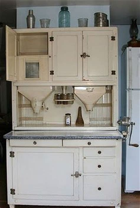 what is a hoosier cabinet 1000 ideas about hoosier cabinet on cabinets
