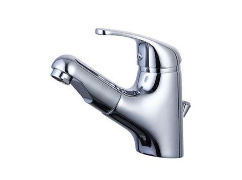 waschbecken mit armatur waschtischarmatur mit herausziehbarer brause wagner armaturenwelt