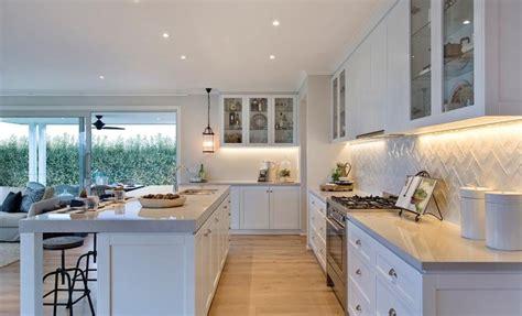 modern kitchen designs images hillside 35 kitchen classic htons style дом декор 7694