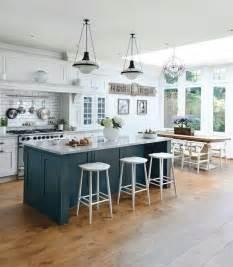 kitchen islands on best 25 kitchen islands ideas on kitchen island kitchen layouts and kitchen island