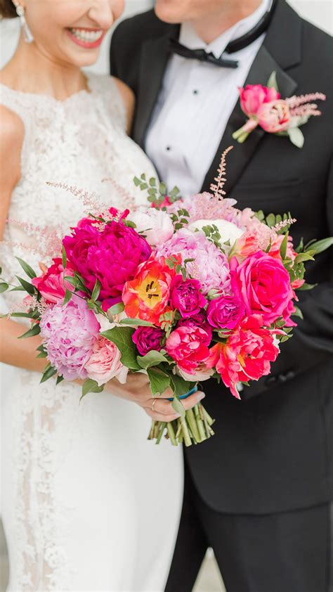 Bright pink spring bouquet Spring wedding in the NC