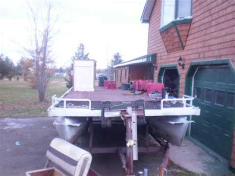 How To Restore Aluminum Pontoons by Pontoon Boat Transformation Cleaning Restoration Alumin