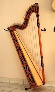 Paraguayan harp - Wikipedia