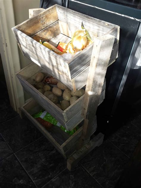 pallet vegetable bin  pallets