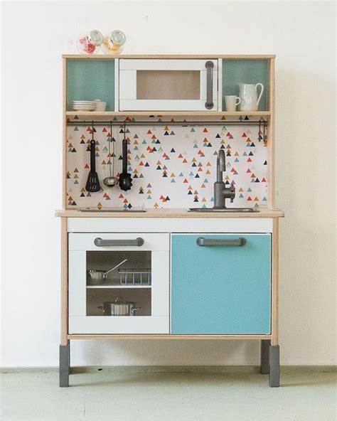 cuisine enfant ik饌 17 meilleures id 233 es 224 propos de ikea play kitchen sur
