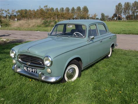 File:1960 Peugeot 403 photo-1.JPG - Wikimedia Commons