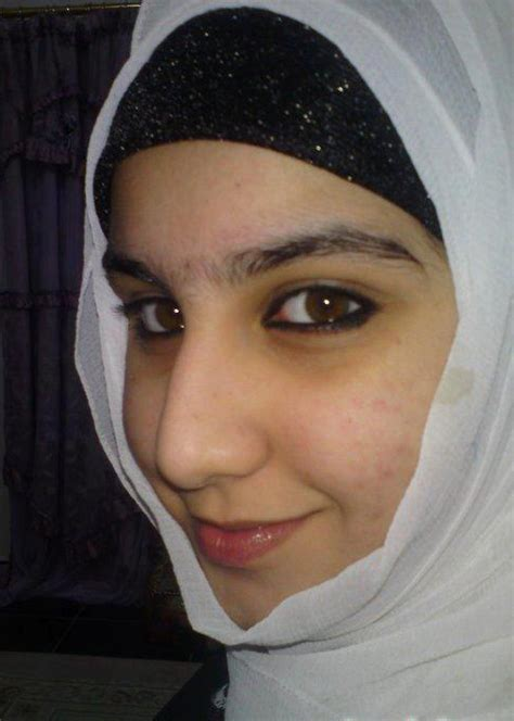 Most Beutiful Pakistani Hijab Girls Hotoimage