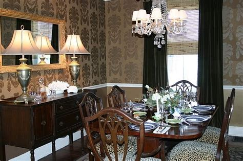 dining room  gold wallpaper  thibaut traditional