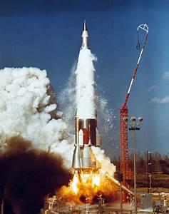 File:Atlas-5E rocket.jpg - Wikimedia Commons
