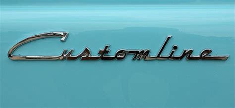 Photos Of Emblems, Badges, Logos On Cars