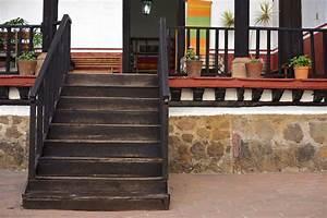 Comment Vitrifier Un Escalier : comment renover un escalier en bois ancien id es d coration id es d coration ~ Farleysfitness.com Idées de Décoration