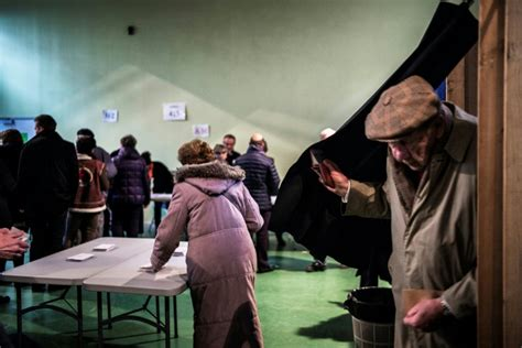 bureau de vote lyon 7 primaire de la droite quot les deux sont bons mais il