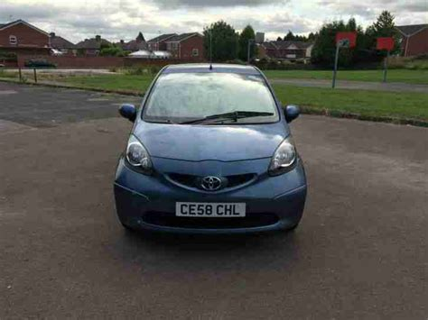 toyota main dealer toyota aygo 2008 1 0 vvt i full main dealer service