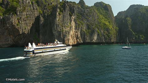 Boat From Phuket To Phi Phi by Phuket Phi Phi Ferry Schedule Ferry Services To Phi