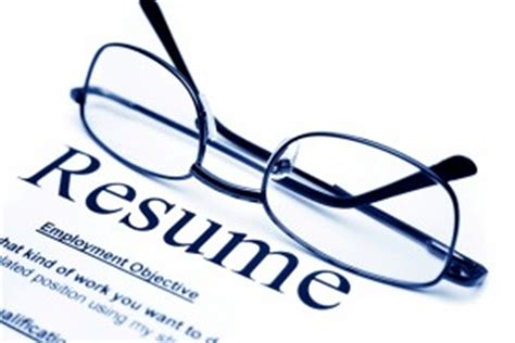 six smart reasons to update your resume for promotion