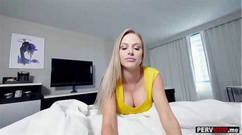 Love Watching Her Ass Jiggle While She Sucks My Dick